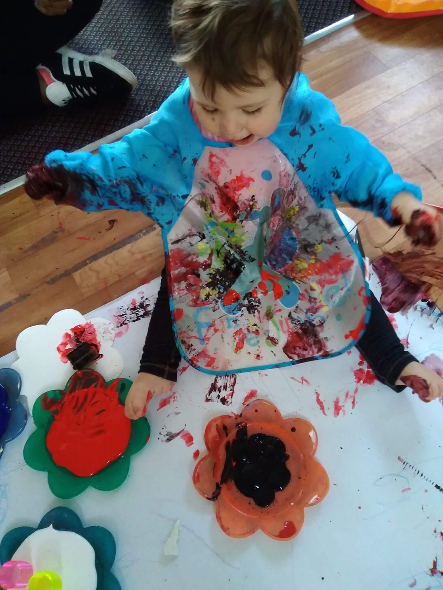 paint, babies, sensory, messy play, fun, active learning, stimulkating, exciting, fun, creativity,