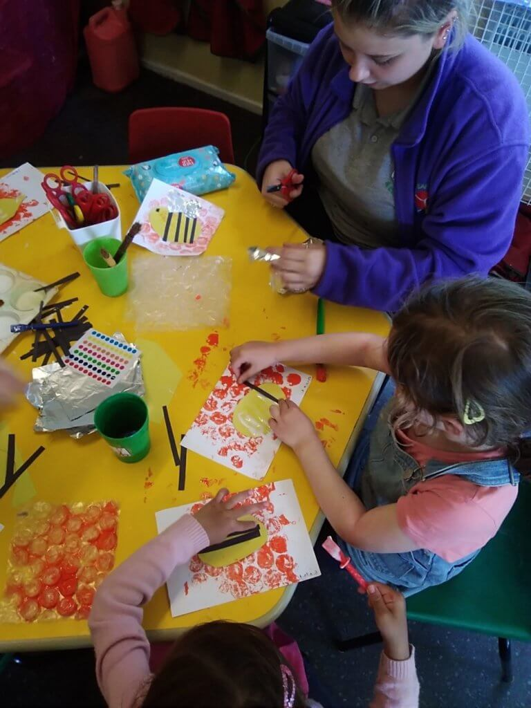 paint, pre-school, sensory, messy play, fun, active learning, stimulating, exciting, fun, creativity, honeycomb, bee pictures, printing, arts and crafts